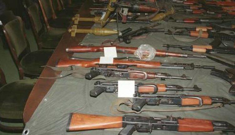 les armes et les munitions dans le Sahel-Kalachnikovs