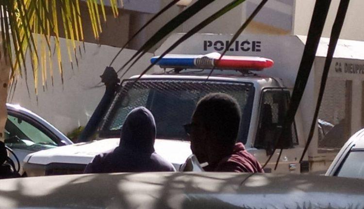 La police chez Ousmane Sonko