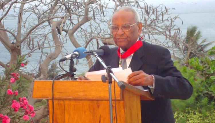 Amadou Makhtar Mbow à la jeunesse africaine