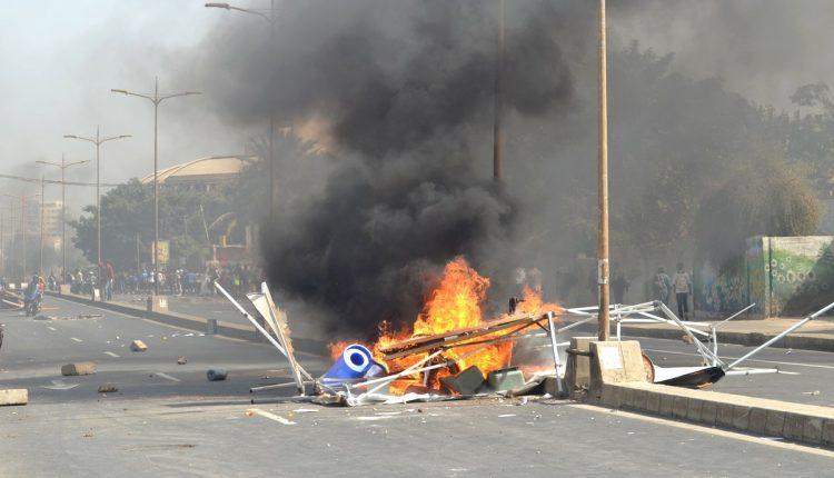 Libération des 19 étudiants arrêtés lors des manifestations