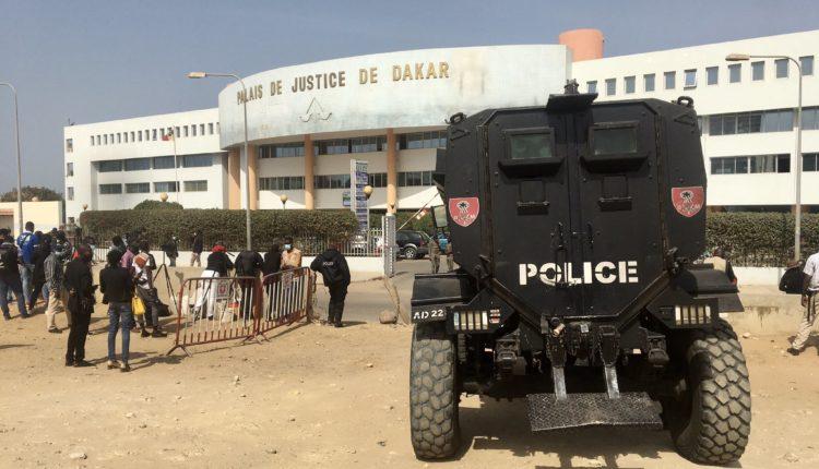 Police au Tribunal de Dakar