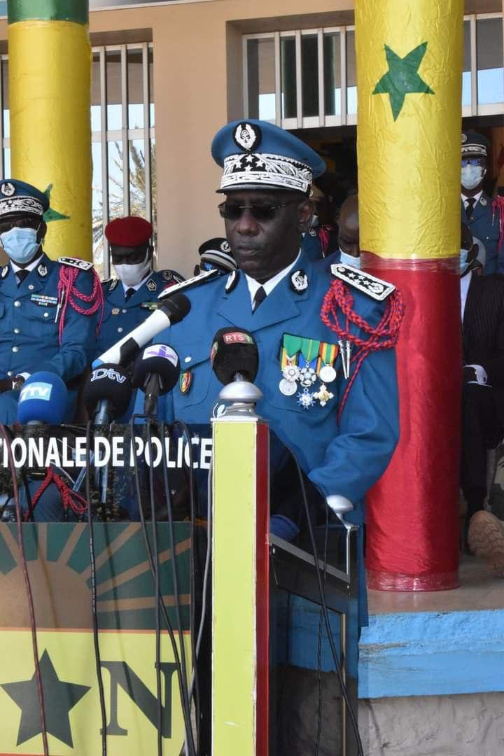 Seydou Bocar YAGUE Directeur Général de la Police nationale (2)