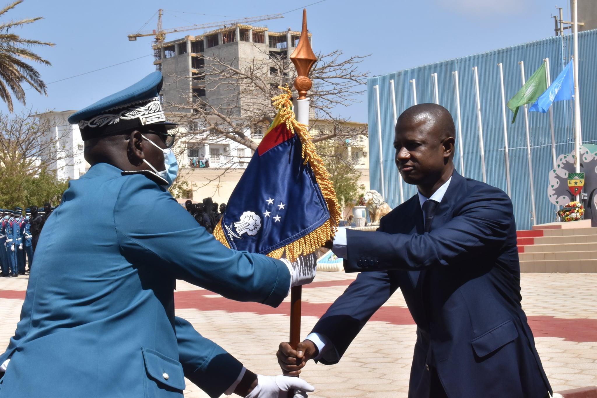 Seydou Bocar YAGUE Directeur Général de la Police nationale et Ministre de l'Intérieur