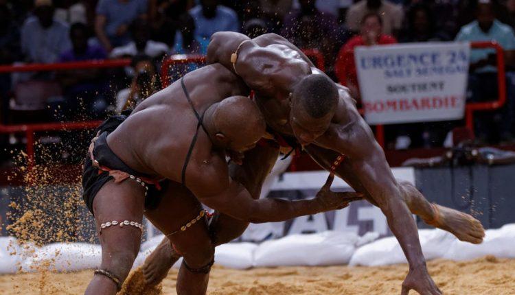 La lutte sénégalaise