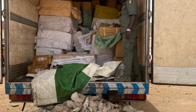 La Douane saisit des médicaments d'une valeur de plus d'un milliard de francs Cfa à Keur Ayip