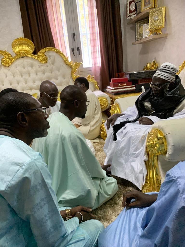 Ousmane Sonko reçu par le Khalife Général des mourides (3)