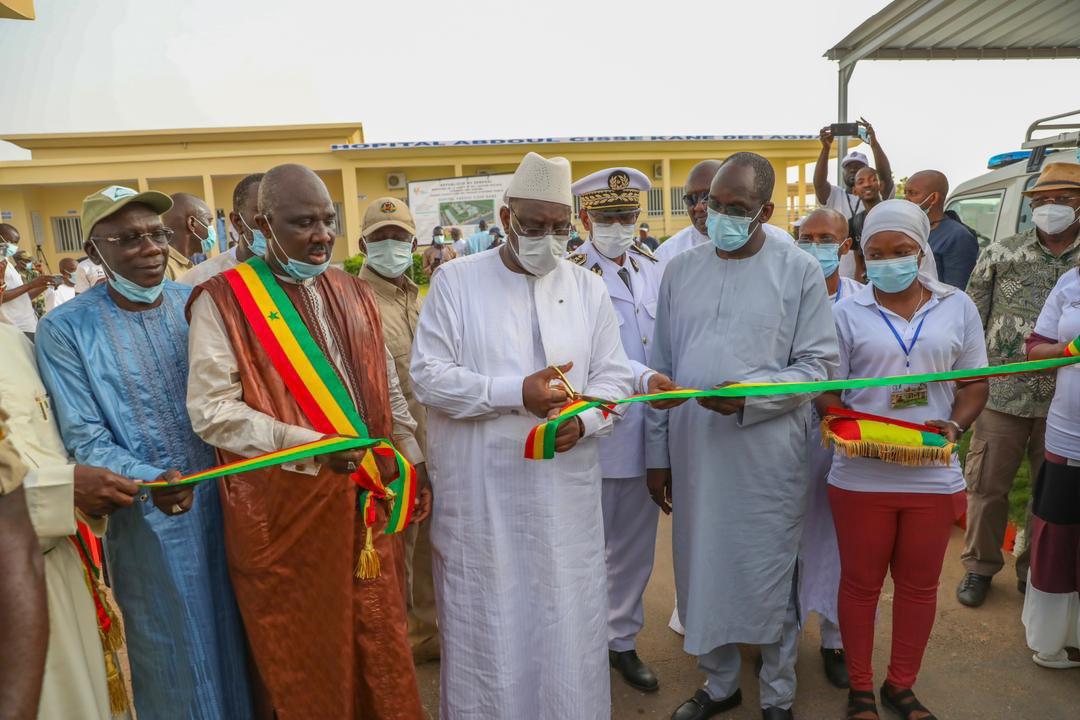 Macky Sall a inauguré l'Hôpital niveau 1 de AGNAM (1)