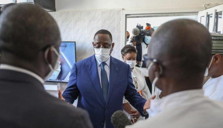 Macky Sall tire la sonnette d'alarme sur la hausse des cas de Covid19