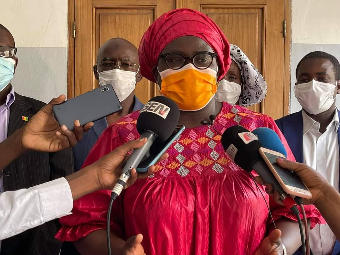 Assome Aminata Diatta - Ministre du Commerce et des PME