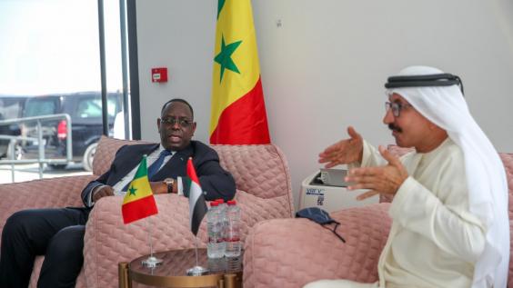 Macky SALL visite le port de Jabel Ali à Dubaï